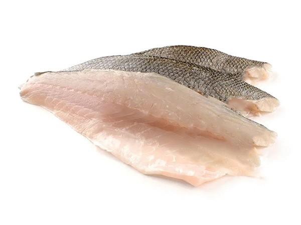 Seabass fillet descaled skin on 400/800 gr 10 kg IQF-20%-NL